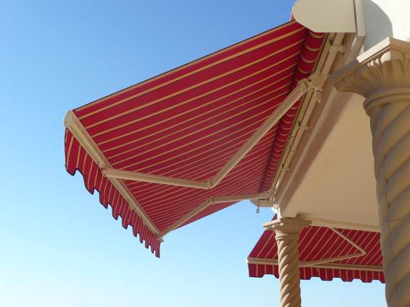Durasol Elite Plus Retractable Awning with Adjustable Pitch
